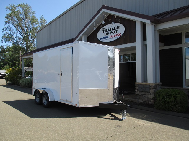 PACE AMERICAN 7K ENCLOSED V-NOSE CARGO TRAILER