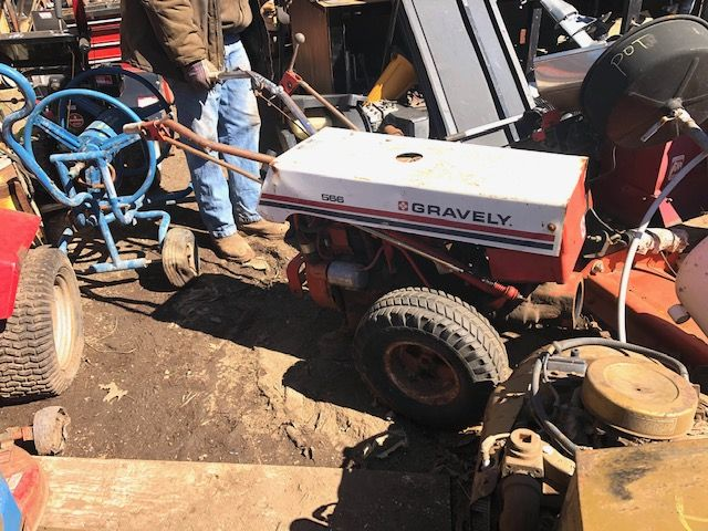 GRAVELY 566 TRACTOR/ POWER UNIT