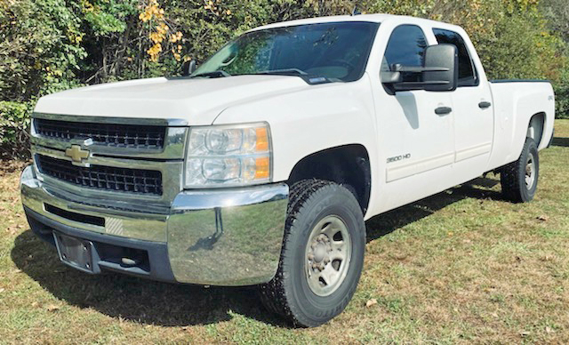 2010 CHEVY K3500 HD CREW CAB 4×4. 8' Bed